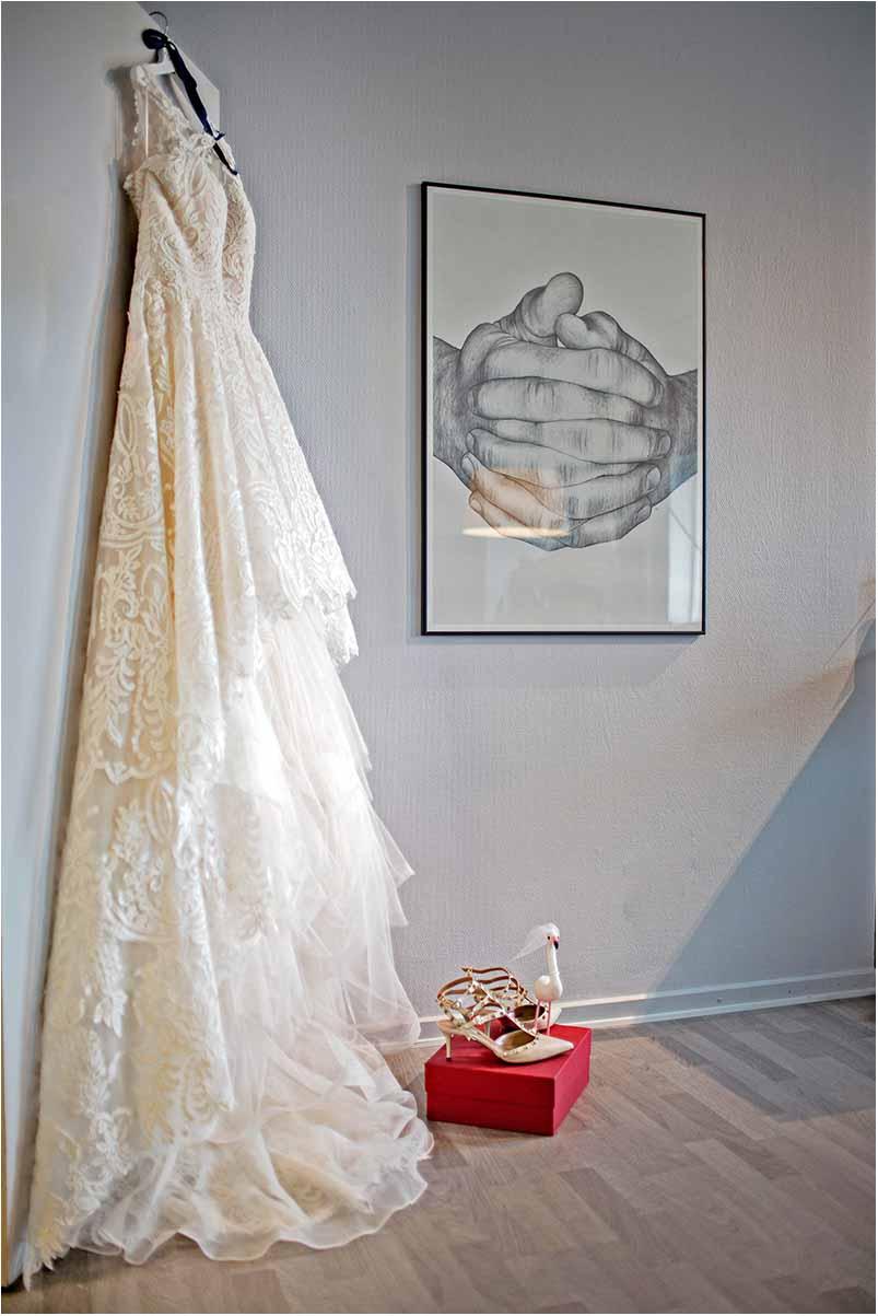 utraditionel brudekjole Greve